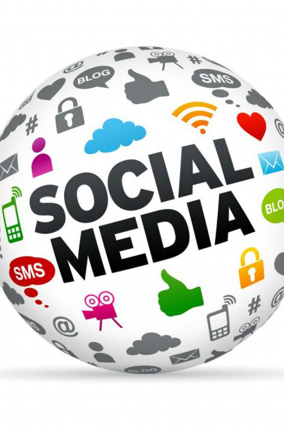 Διαδίκτυο, smartphones και κοινωνικά δίκτυα- Ποιες χώρες και πόσο τα χρησιμοποιούν