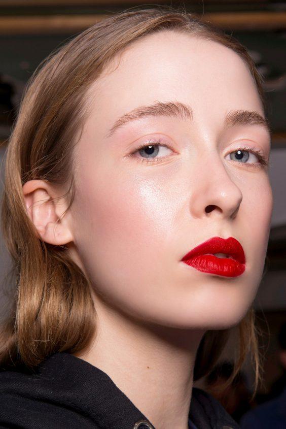 Το σωστό μακιγιάζ για τα 5 πιο hot χρώματα του Φθινοπώρου