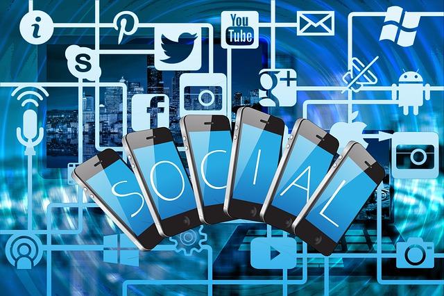 Οι χρήστες εμπιστεύονται περισσότερο τους influencers από τις εταιρείες στα κοινωνικά δίκτυα