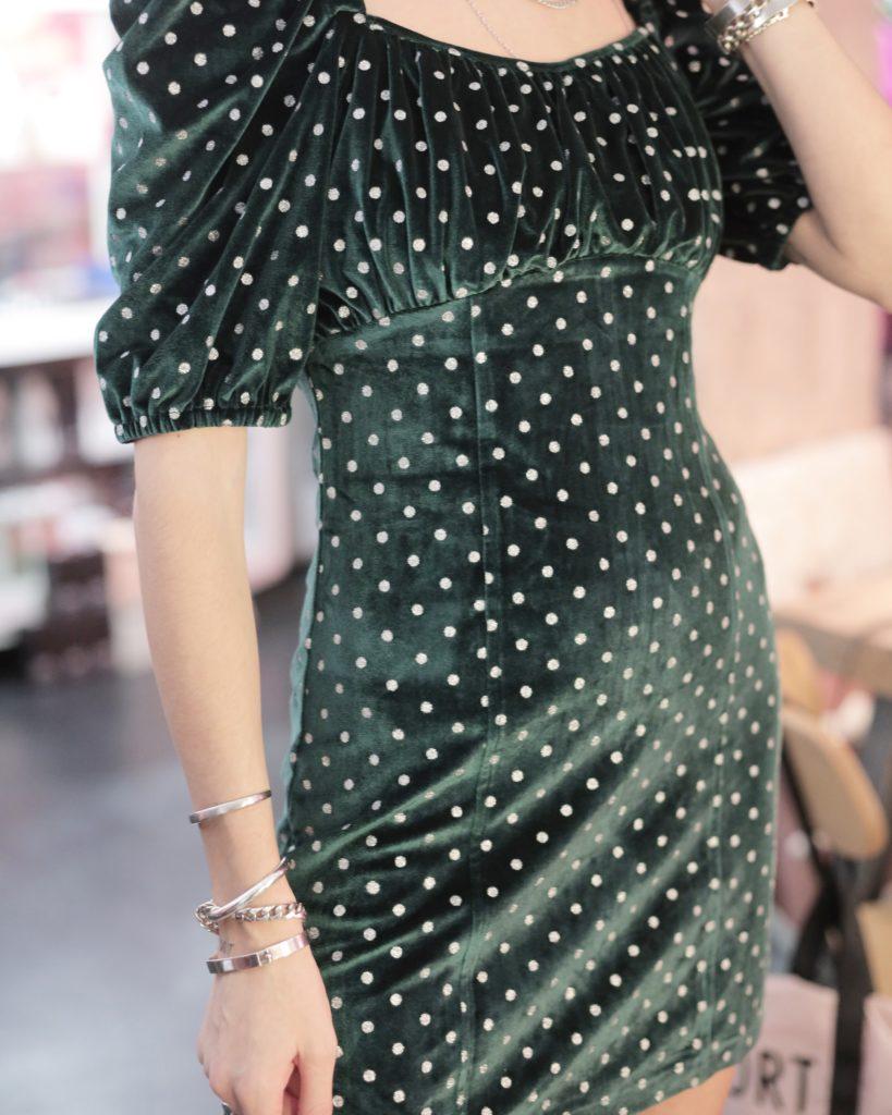 3 stylish φορέματα που χρειάζεσαι